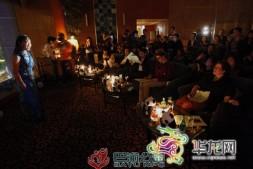 """【华龙网】""""地球一小时""""在重庆 不插电环保音乐会上演"""